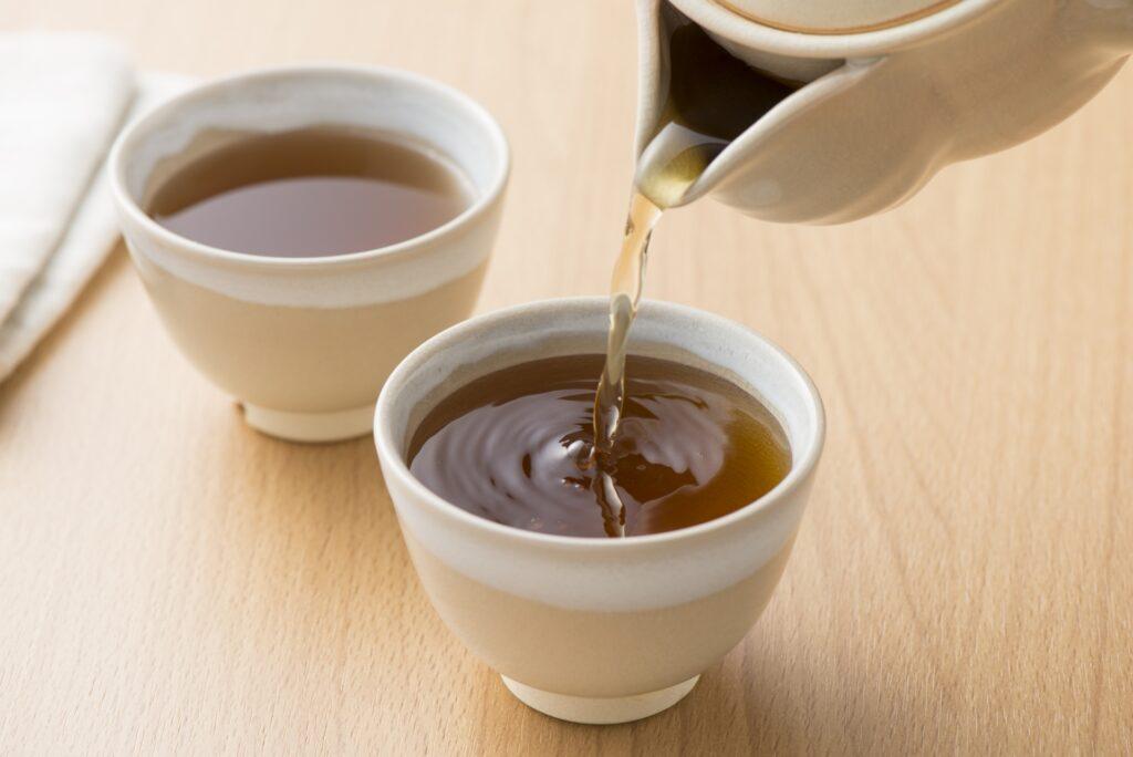 杜仲茶がダイエットに効果があるという事で、誰でも簡単に実践できる方法を教えます